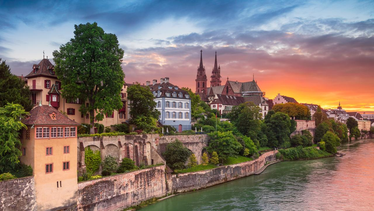 На есен до Швейцария с билет за 32 евро двупосочно