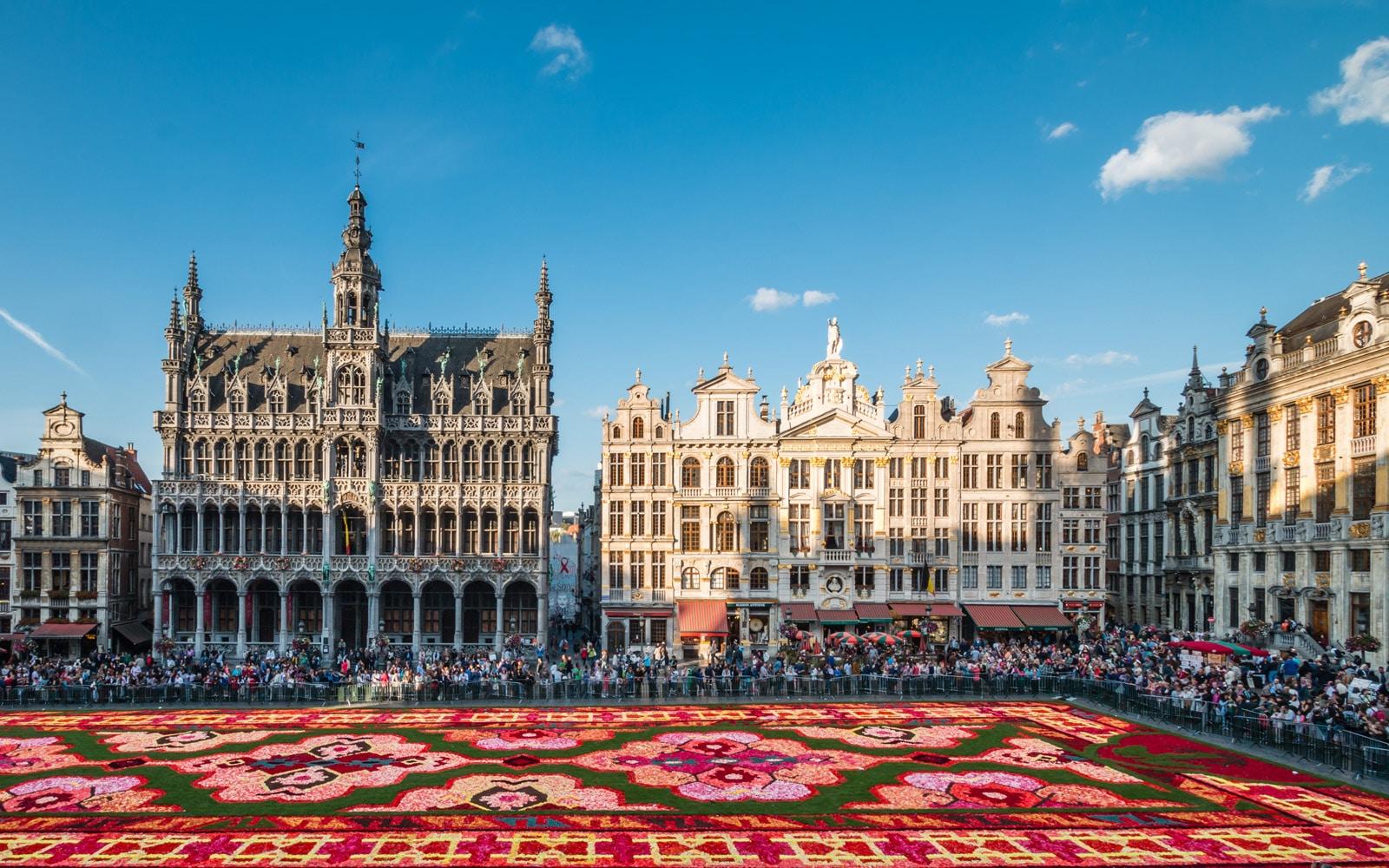 Полети до Брюксел за 9.99 евро в посока