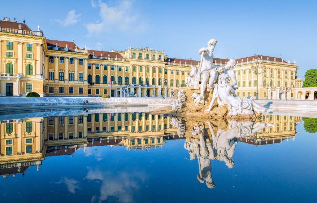 Полети до Виена за 9.99 евро в посока